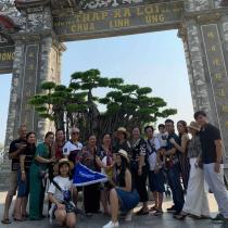 Gia Đình Chị Bình tận hưởng mùa hè tại Đà Nẵng