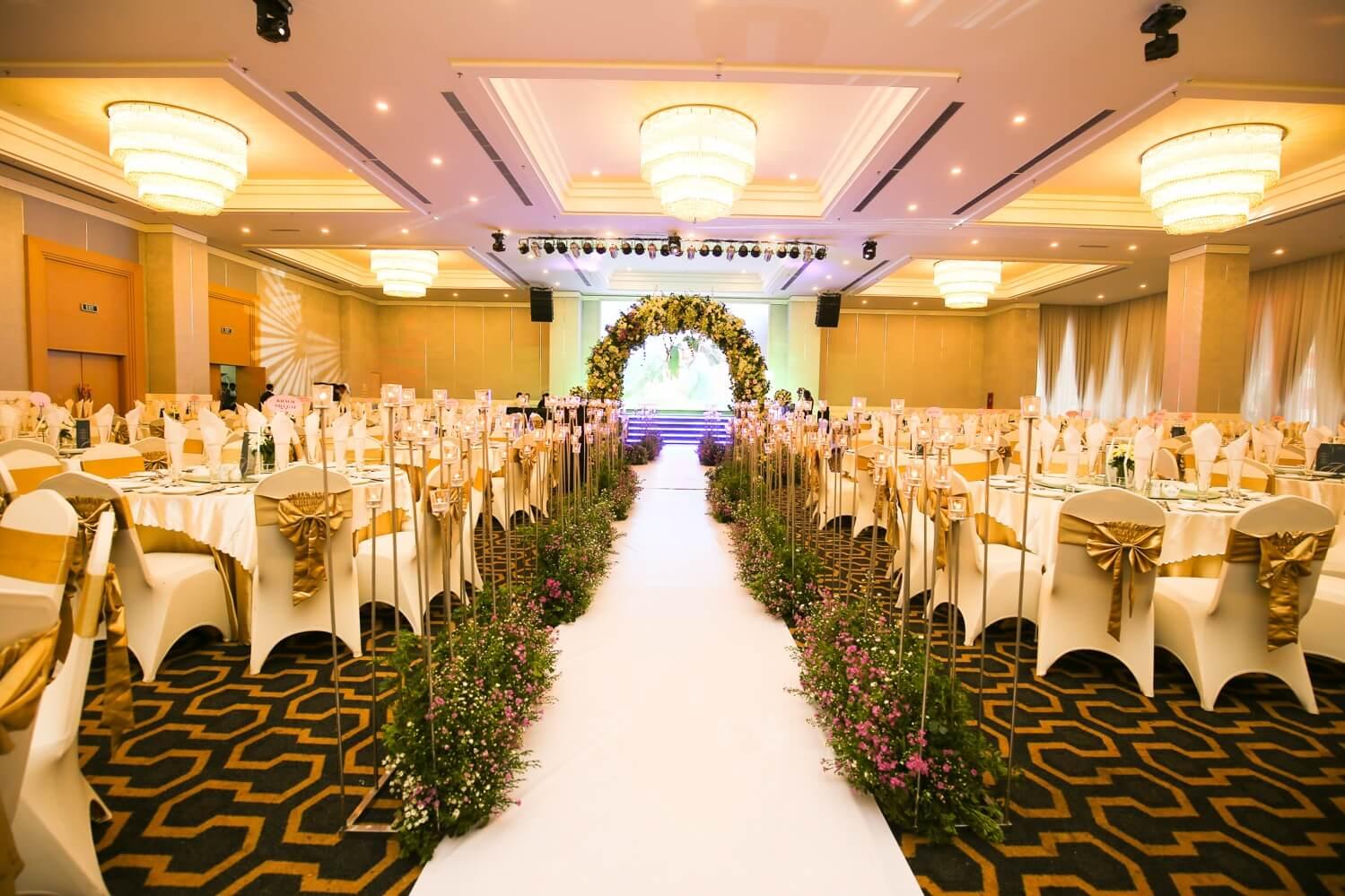 Top 10 nhà hàng tiệc cưới TpHCM được các cặp đôi chọn nhiều nhất