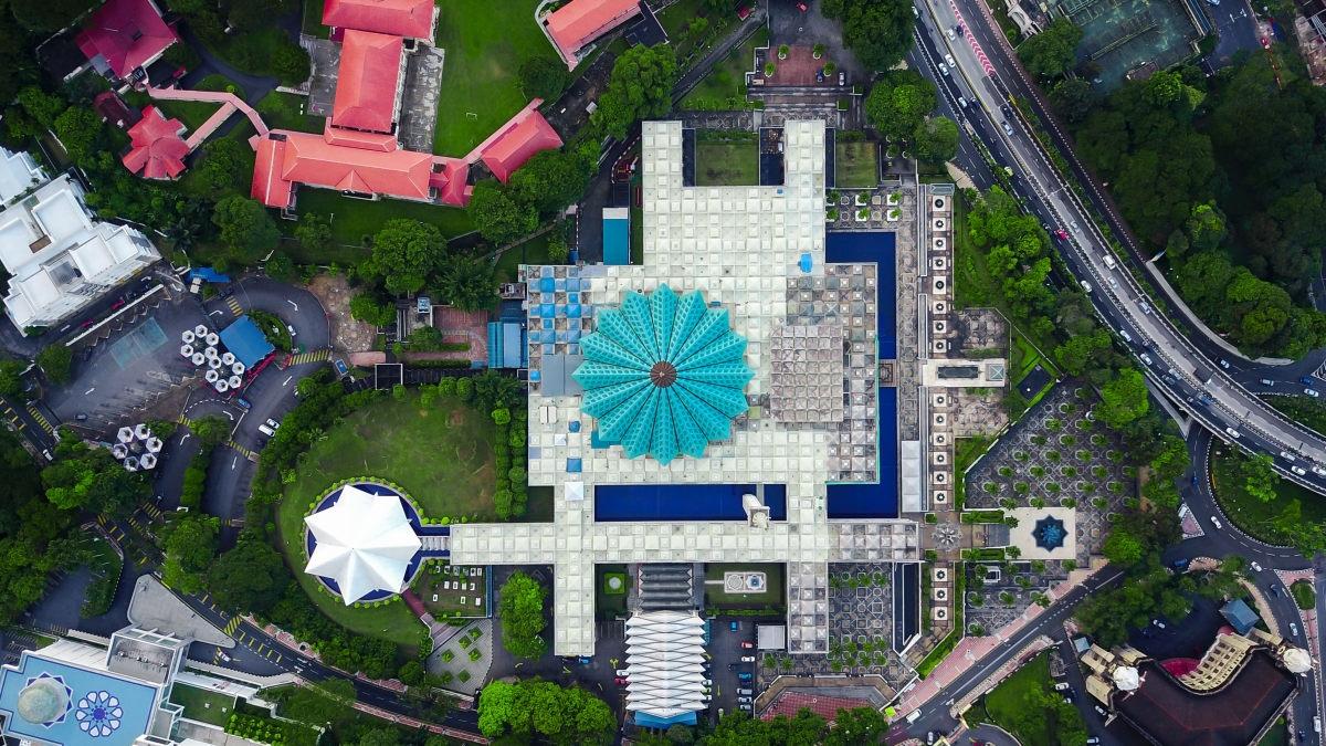 Hành Trình 2 Nước Đông Nam Á Malaysia-Singapore