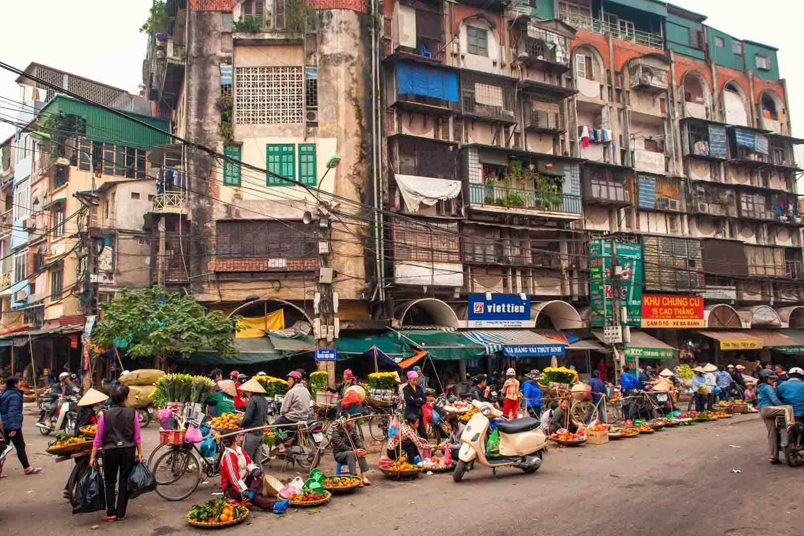 Tour du lịch Hà Nội - Tràng An - Hạ Long - Yên Tử
